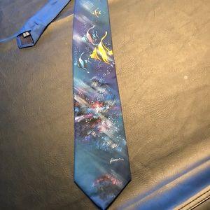 Hand painted men's tie